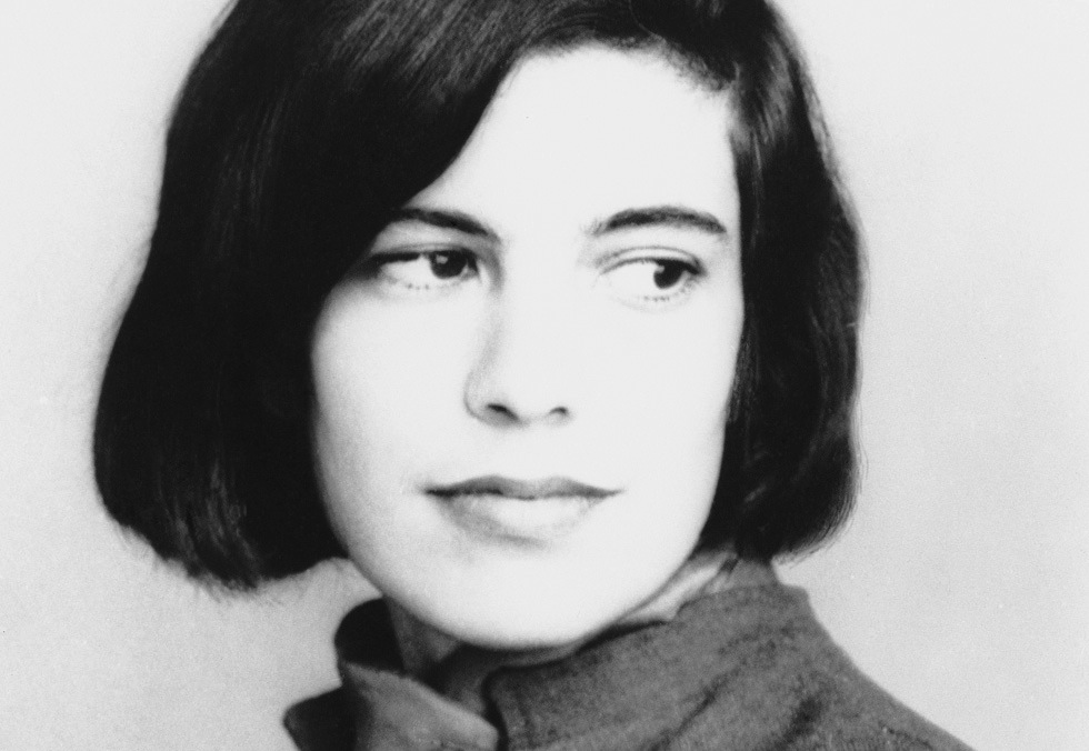 susan sontag essay on photography aesthetic consumerism and the susan sontag on photography ap essay paper homework for yoususan sontag on photography ap essay paper